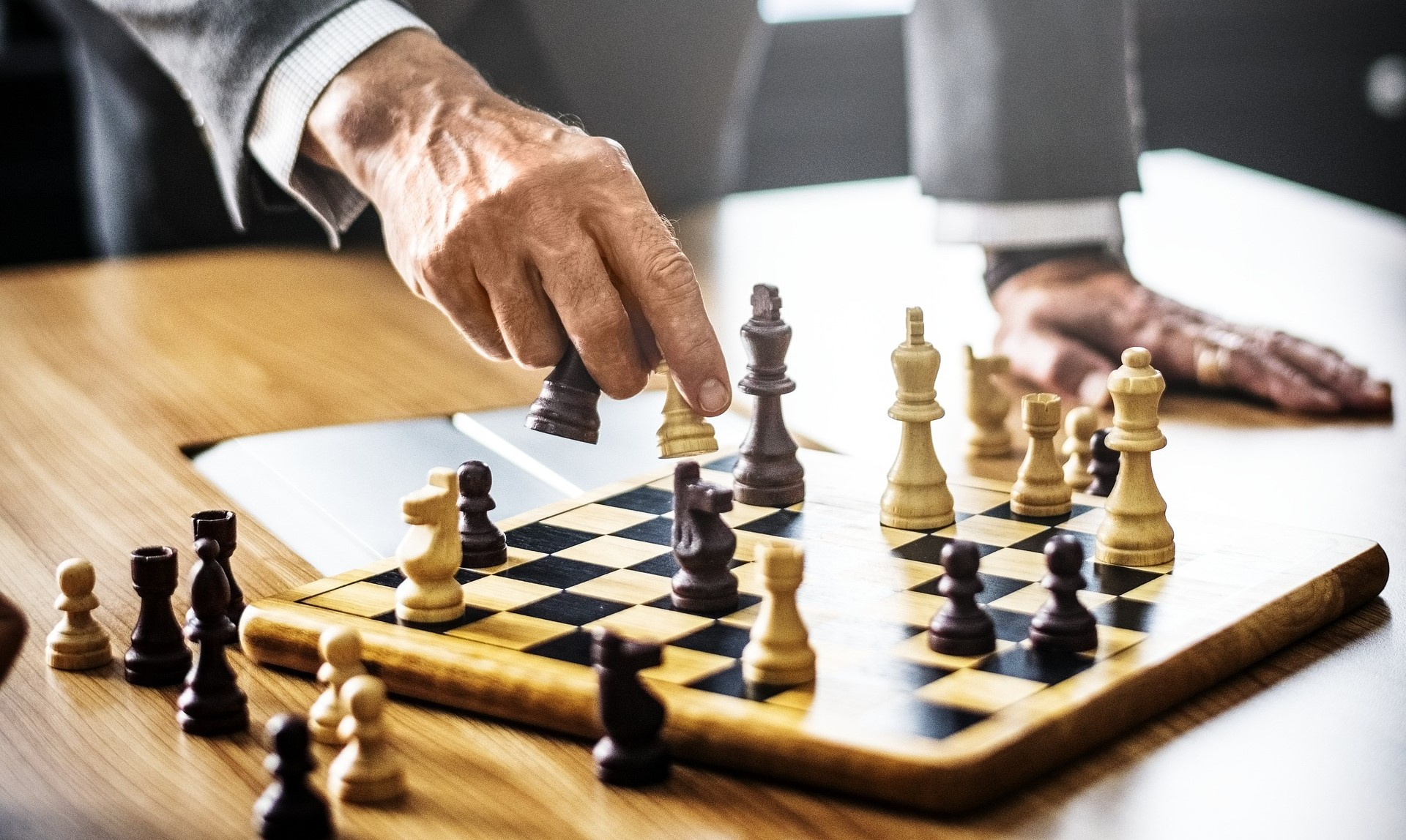 For a leader, chess is better than checkers